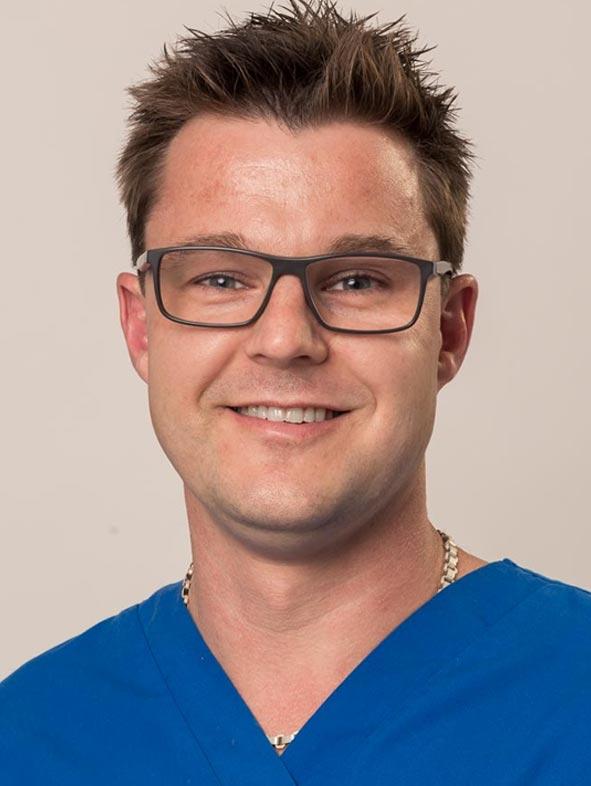 Dr Matthew Woodruff Registrar Small Animal Medicine
